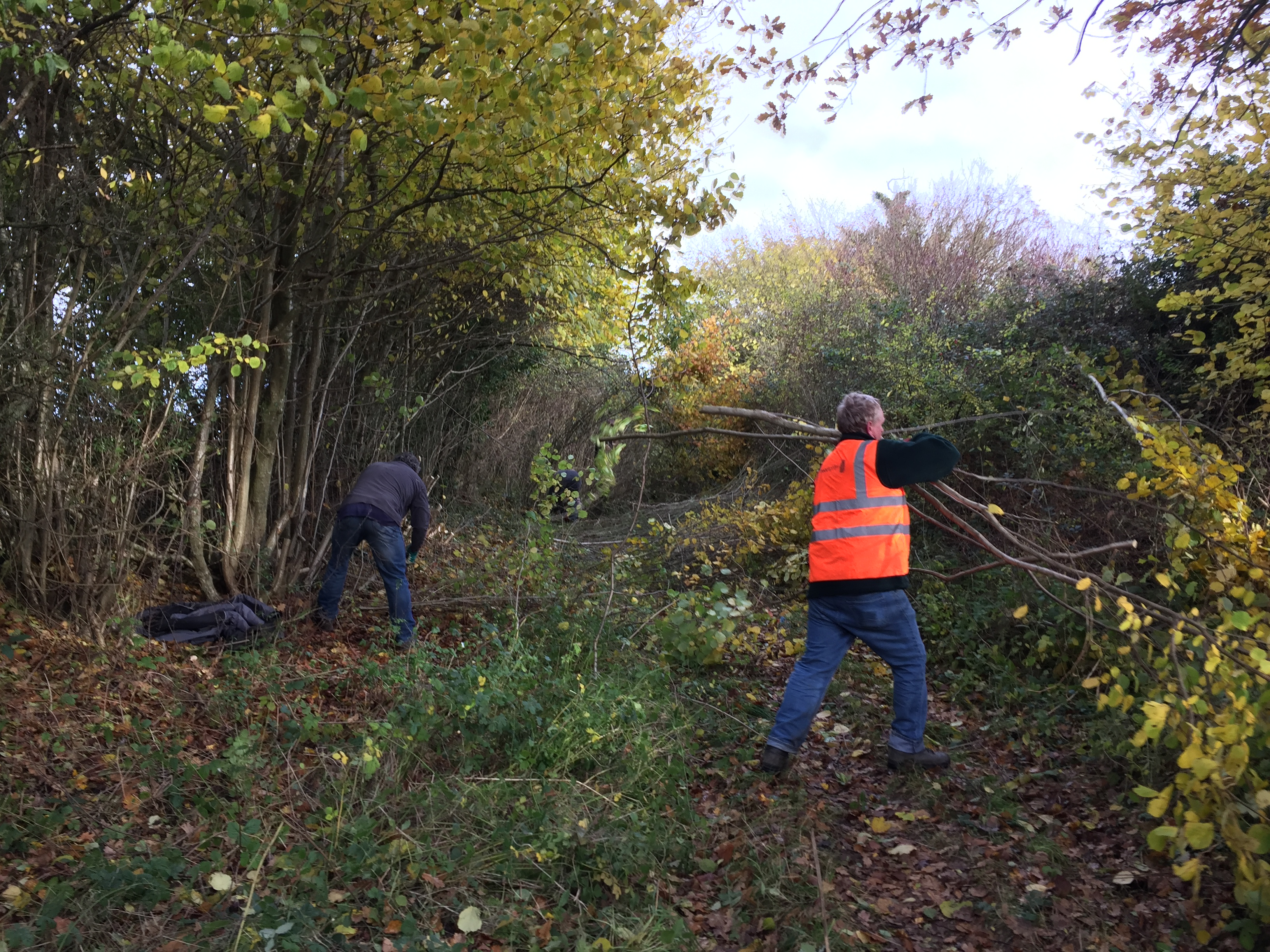 Shalbourne Clearance with 2 members of Wilts TRF
